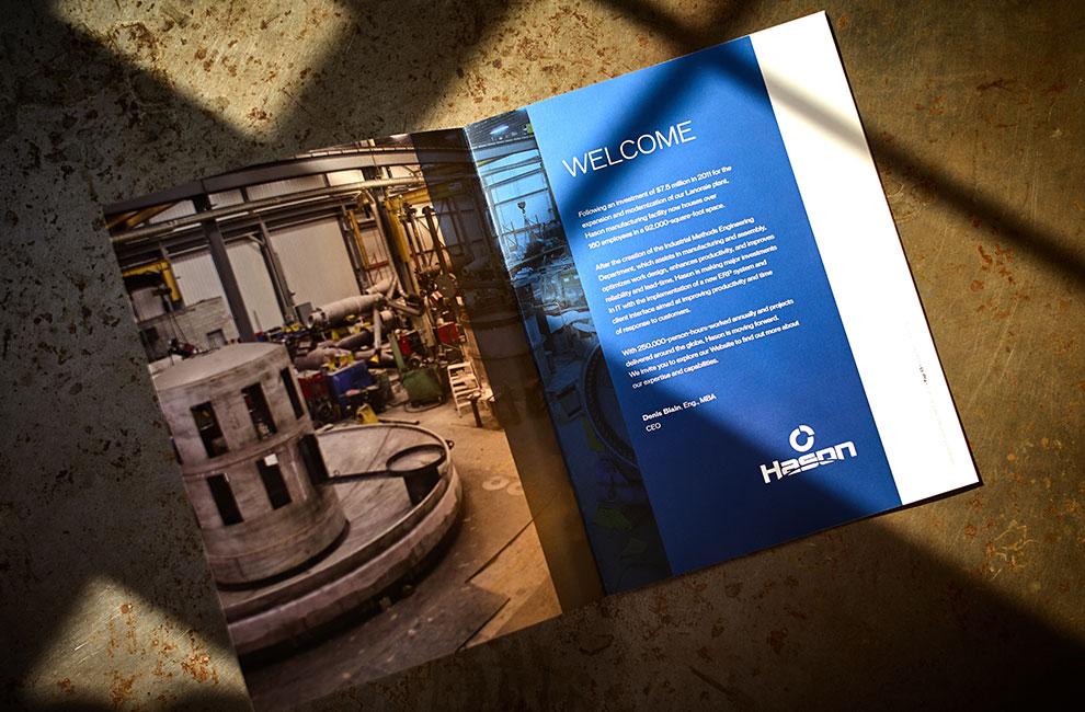 Brochure promotionnelle pour Hason, graphiste