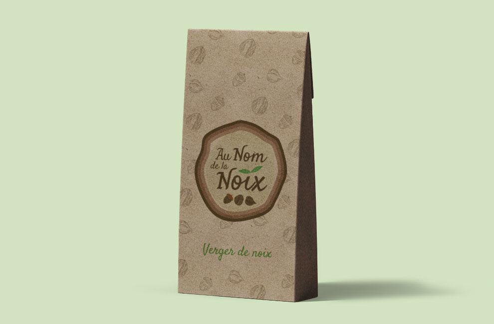 Création de logo pour Au nom de la noix, graphiste et branding