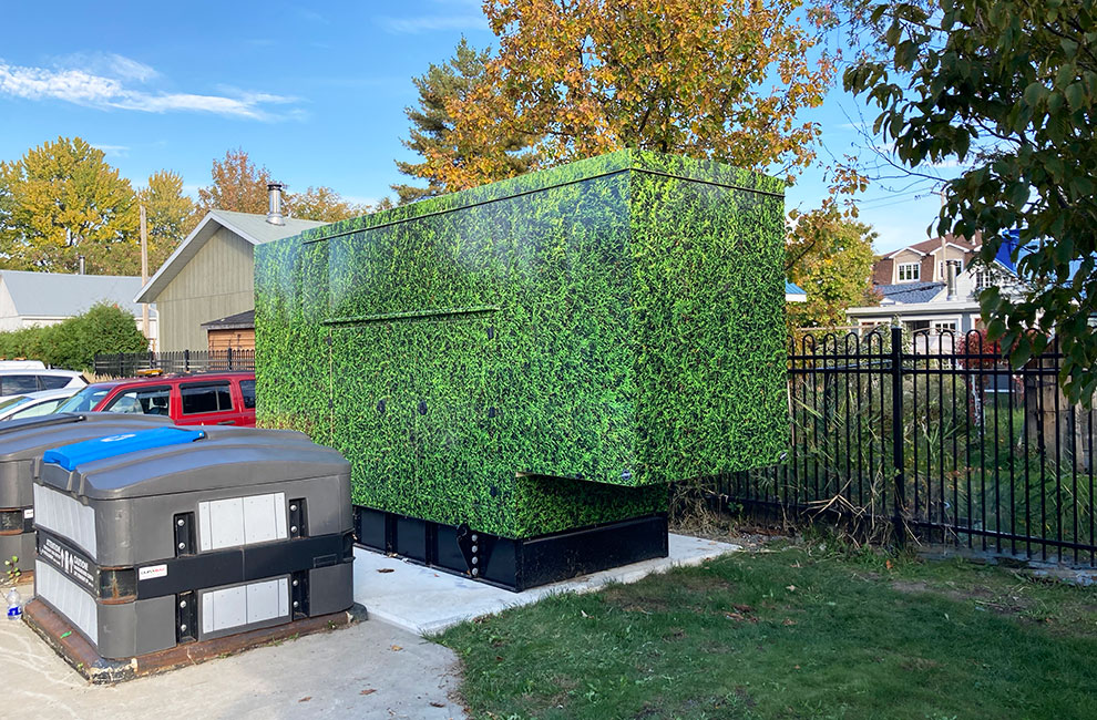 conception impression installation wrap complet génératrice haie de cèdre paysage urbain